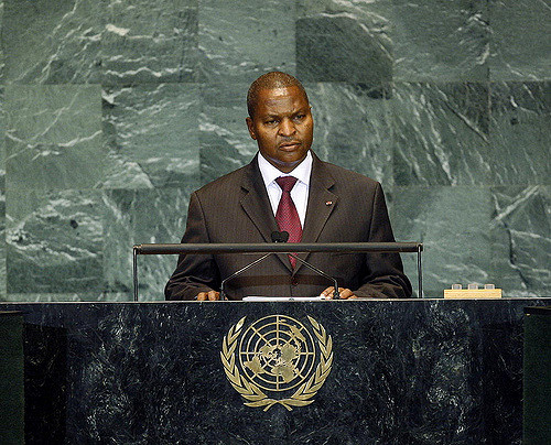 Faustin Archange Touadéra addresses the UN General Assembly while prime Minister in 2009. UN Photo/Erin Siegal/CC BY-NC-ND 2.0