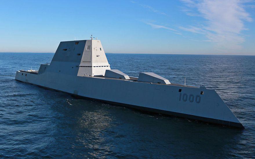 Future_USS_Zumwalt's_first_underway_at_sea